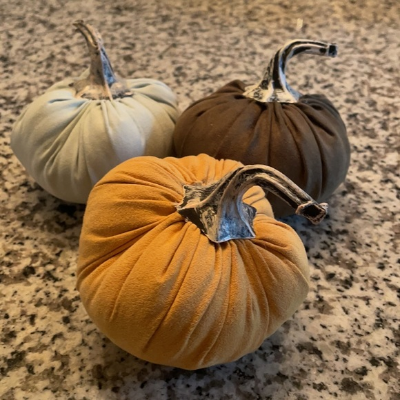 Urban Outfitters Set of 3 Pumpkins